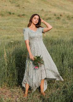 Modest Maxi Dress, Plus Size Maxi Dresses, Floral Maxi Dress, Nice Dresses, Dress Up, Short Sleeve Dresses, Prom Dresses, Trendy Dresses, Modest Fashion