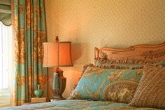 french toile, one room, one color, monotone, blue, pink, venetian motifs, fabric, curtains, fringe, girls room, bathroom, all over color, walls, wallpaper (6)