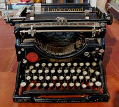 The Every Day Leader: The old typewriter   The Every Day Leader