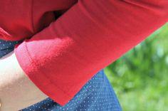 tuto pour faire de jolis ourlets sur du jersey :: Ou comment utiliser une aiguille double (pas sûre que ça fonctionne sur ma vieille Singer mais ça peut toujours servir!)
