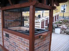 Kesäkeittiö katoksella Bbq Grill, Barbecue, Grilling, Backyard Kitchen, Outdoor Tables, Outdoor Decor, Brick, Pergola, Outdoor Structures
