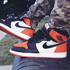 Nike Air Jordan I Shattered Backboard - 2015 (by killaskunk_23)
