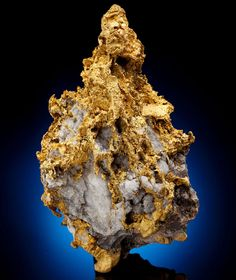 Water in a fault vaporizes during an earthquake, depositing gold. The model provides a mechanism for the link between gold and quartz.