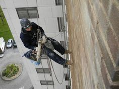 Re-pointing on a 12 story building.... no need for scaffolding here!