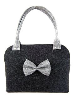 FELT BAG / chest / in hand / in shoulder / Gray by Torebeczkowo