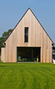 Barnhouse (cross laminated timber/redwood)