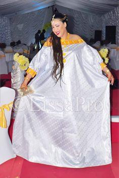 Modest Fashion Hijab, African Fashion Dresses, Style Africain, Africa Dress, Oversized Dress, Hijab Dress, African Wear, Women Wear, Womens Fashion
