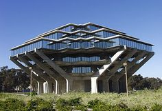 San Diego's Geisel Library in La Jolla. Home to a magnificent collection of original Dr. Seuss (Ted Geisel) used to live in La Jolla. Dr. Seuss, Top 10 Colleges, Colleges For Psychology, California Dreamin', Brutalist, La Jolla, Great Places, San Diego, The Neighbourhood