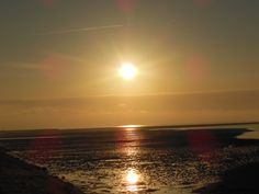 Mooie zonsondergang op Terschelling Celestial, Sunset, Outdoor, Outdoors, Sunsets, Outdoor Games, The Great Outdoors, The Sunset