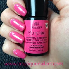 "Striplac ""Strawberry Mint"" http://www.boutiquenailart.com/roses/1193-striplac-vernis-a-ongles-uvled-strawberry-mint-4025087785493.html"