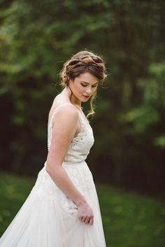 BHLDN Reagan Wedding Dress - Fall Wedding Bouquet - Vintage Bridal Hairstyle - STYLED WEDDING SHOOT   A Romantic Vintage Fall Wedding