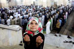 Tarawih in Gaza, Palestine
