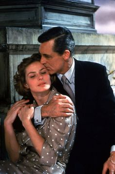 Ingrid Bergman♡ and Cary Grant♡ Cary Grant, Swedish Actresses, Classic Actresses, Actors & Actresses, Hollywood Cinema, Old Hollywood, Isabella Rossellini, Ingrid Bergman, Schneider