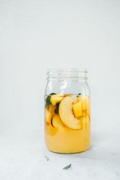 Peach Mango and Sage Lemonade Drinks Alcohol Recipes, Milk Recipes, Cocktail Recipes, Smoothie Drinks, Smoothie Recipes, Mocktail Drinks, Mango Drinks, Cocktails, Alcoholic Drinks