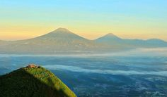 Magelang merupakan satu-satunya Kabupaten di Jawa Tengah yang dikelilingi oleh banyak gunung, mulai dari gunung Merbabu, Sumbing, Merapi, Telomoyo hingga …