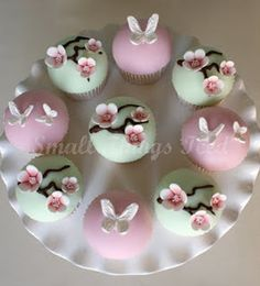 Beautiful cherry blossom, Sakura #cupcakes