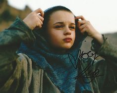 Bilderesultat for joey king the dark knight rises