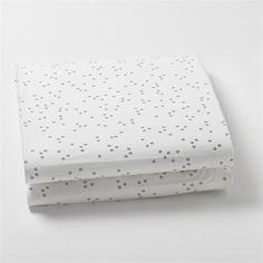 @Rosenberry Rooms is offering $20 OFF your purchase! Share the news and save!  Pebble Grey Fitted Crib Sheet #rosenberryrooms