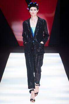 Giorgio Armani Spring 2018 Ready-to-Wear Collection Photos - Vogue