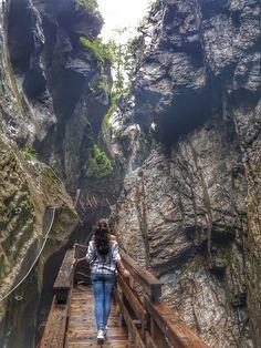 Sigmund Thun Klamm - eine Naturschönheit die man gesehen haben muss! Hol dir die besten Insider Tipps & Inspirationen für deine nächste Reise! Places To Travel, Places To See, Heart Of Europe, Central Europe, Travel Goals, Wanderlust Travel, Bradley Mountain, Where To Go, Amazing Photography