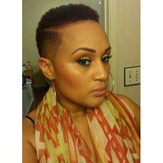 Natural Hair #FlyyFro #TheCutLife Ginger Summer Makeup Sunset Coral Orange Green Lime Eyeshadow Red Eyebrows