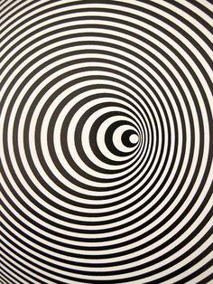 "MONDOBLOGO: Marina Apollonio Italian 1940- ""Circular Dynamics"" (""Dianamica Circolare"") 1968 Painted wood disk, motorized"