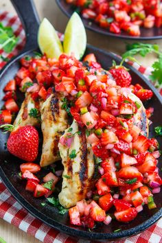 Cilantro Lime Grilled Chicken with Strawberry Salsa Recipe : Tasty cilantro lime grilled chicken topped with a fresh, summery strawberry salsa. Grilling Recipes, Cooking Recipes, Healthy Recipes, Recipes With Strawberries, Cheap Recipes, Vegetarian Recipes, Turkey Recipes, Dinner Recipes, Gourmet