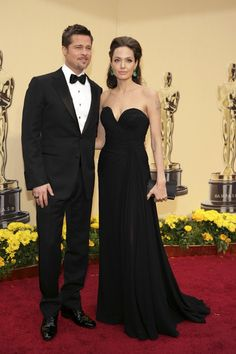 Brad Pitt in Tom Ford and Angelina Jolie in Elie Saab at the 81st Academy Awards in 2009.