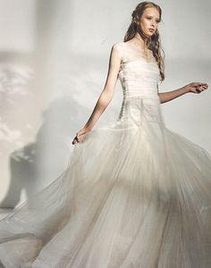 42 fantastiche immagini su Press Review Le Spose di Giò nel 2019 2c8023b3417