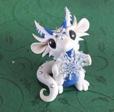 White and Blue Snowflake Dragon by Dragonsandbeasties