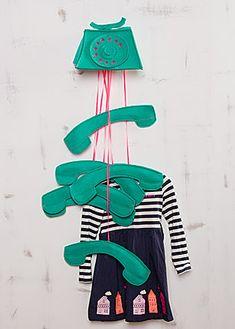 das kostenlose Schnittmuster für diese coole Garderobe aus dem Handmade Kultur Magazin 3/2013 findet ihr auf www.handmadekultur.de