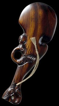 The Wahaika is one of the several different war clubs used by Maori warriors. The wahaika was used exclusively by the most fierce, and respected warriors with the highest rankings. It was given as a ceremonial piece Maori People, Polynesian Art, Maori Designs, New Zealand Art, Nz Art, Maori Art, Kiwiana, Historical Artifacts, Indigenous Art