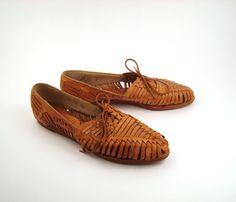 Brown Woven Sandals Vintage 1980s Devon Park Lace Up Huarache oxfords by purevintageclothing,