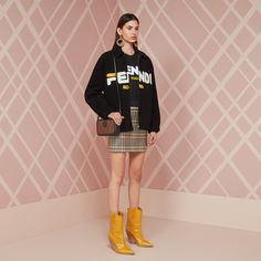 24 Colorful Ways to Wear Shearling This Season Tomboy Fashion, High Fashion, Fashion Outfits, Kids Outfits, Casual Outfits, Cute Outfits, Bape, Balenciaga, Hypebeast Outfit