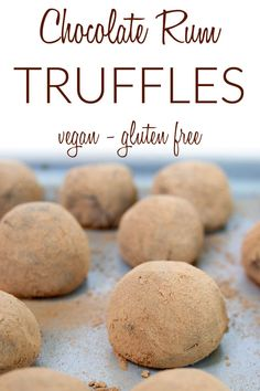Chocolate Rum Truffles (vegan, gluten free) - This easy dark chocolate truffle recipe is the perfect homemade gift for the holidays! They are no-bake and have only 5 ingredients. Rum Truffles, Vegan Chocolate Truffles, Vegan Dessert Recipes, Vegan Snacks, Snack Recipes, Vegan Christmas, Christmas Recipes, Truffle Recipe, Vegan Main Dishes