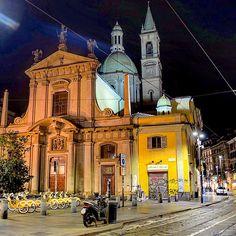 #Italy #Lombardia #Milano #Milan #church #belltower #dome #architecture #oldbuilding #streetlights #nighttime #nightview #nightsight #nightlights #streetview #cityscape #urbanscape #lights #bikes #citylights #nightphotography #longexposure #ig_lombardia #ig_milano #loves_milano #milanocity #volgomilano #milanodavedere by attila.55