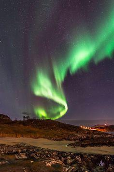 Twisting Aurora by Derek Burdeny on 500px