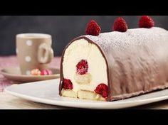 Just Bestes Himbeer Tiramisu Rezept. Delicious Deserts, Yummy Food, Köstliche Desserts, Dessert Recipes, Raspberry Tiramisu, Super Torte, Tiramisu Recipe, Sweets Cake, Pie Cake
