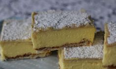 This creamy custard or vanilla slice recipe is so easy, even the kids will be able to make it - but they may need a little help with the oven. It has a delicious, thick custard centre and a crispy pastry top and bottom. Custard Recipes, Baking Recipes, Dessert Recipes, Pastry Recipes, Dutch Recipes, Baking Desserts, Tea Recipes, Muffin Recipes, Kitchen Recipes