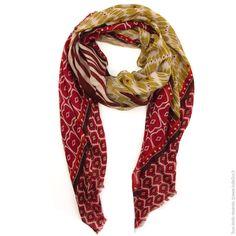 Maxi foulard imprimés ethnique. Bordeaux - Mode Accessoires Foulards,  Echarpes - Bulle2co Foulards d166be4e295