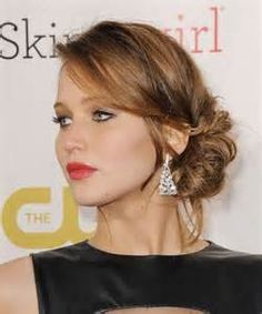 Best Jennifer Lawrence Haircut 2013 - Stuck in a style rut? Here you'll find hairstyle about Jennifer Lawrence. It's not hard to see why we look to Side Swept Hairstyles, Easy Hairstyles For Long Hair, Up Hairstyles, Wedding Hairstyles, Straight Hairstyles, Straight Updo, Celebrity Hairstyles, Hairstyle Ideas, Hair Styles 2014