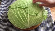 Nakshi Kantha World Cabbage Wraps, Cabbage Rolls, Napa Cabbage, Red Cabbage, Omelettes, Ovo Vegetarian, Salty Foods, Sprouts, Good Food