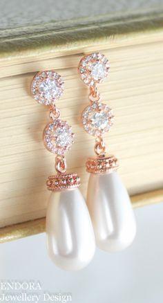 Bridal earrings,Rose gold bridal earrings, teardrop wedding earring,Bridal earrings,Bridal jewelry,Rose gold bridal jewelry,CZ earrings