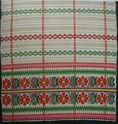 old-BELARUS-FOLK-ART-ALBUM-textiles-weaving-straw-plaiting-woodcarving-BOOK