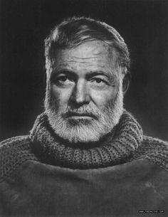Ernest Miller Hemingway, né le 21 juillet 1899 à Oak Park dans l'Illinois aux États-Unis et mort le 2 juillet 1961 à Ketchum, est un écrivain, journaliste et correspondant de guerre américain