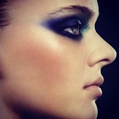 indigo, smokey, inner turquoise, highlite on cheeks
