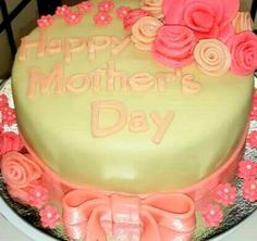 Pastillas Fondant Cake