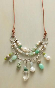 SEA MIST NECKLACE