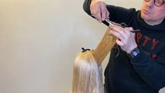 LONG LAYERED HAIRCUT Short Video - Part 2 This haircut is all about amazing long, face-framing layers with a solid baseline to create shape and volume while keeping the hair thick and full. Layered Haircuts With Bangs, Haircuts For Medium Hair, Haircut For Thick Hair, Long Hair With Bangs, Long Hair Cuts, Medium Hair Styles, Long Hair Styles, Haircut Short, Thin Hair