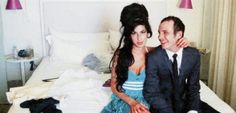 100besos:  Amy and Blake on their wedding day